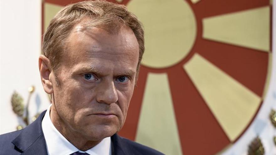 Tusk pide al presidente macedonio terminar la crisis política y que se forme Gobierno