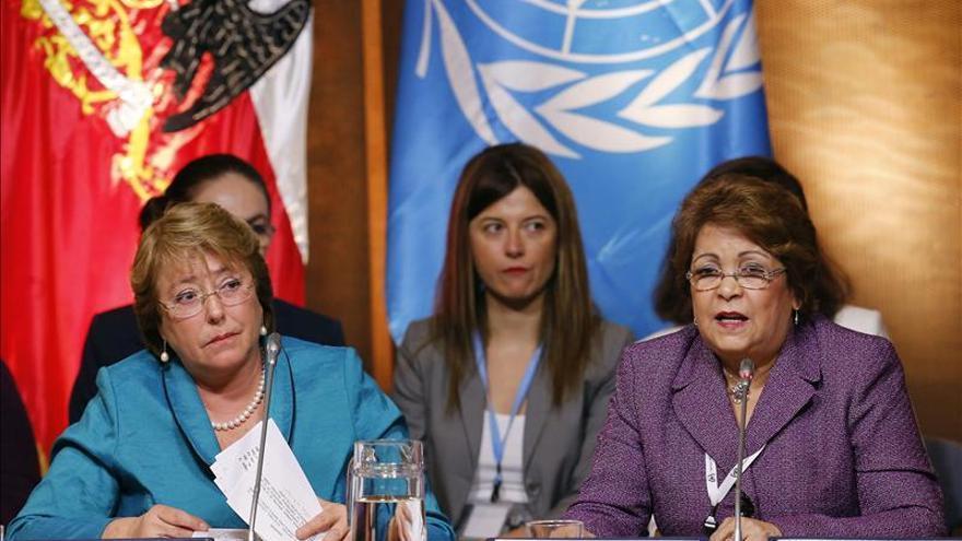 Bachelet dice que el fin de la violencia contra la mujer es primordial para la igualdad
