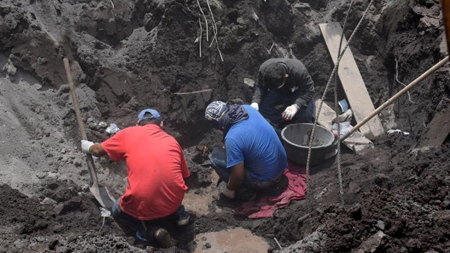 Identifican a diez víctimas del volcán en Guatemala y bajan a 319 desaparecidos