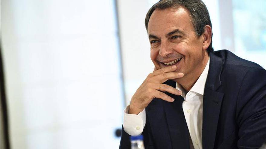 """Zapatero pide """"paciencia y diálogo"""" para resolver el conflicto en Cataluña"""