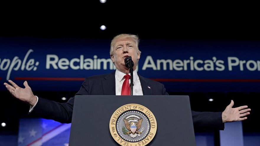 """Trump afirma que EE.UU. volverá a """"ganar"""" y recuperará el poderío militar perdido"""
