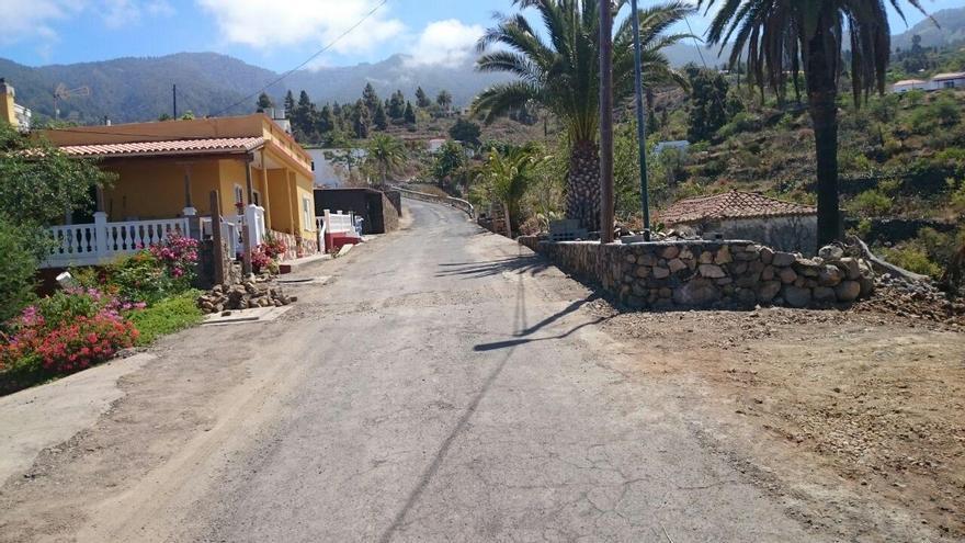 En la imagen, carretera LP-116 que da acceso al barrio de El Jesús, en Tijarafe.