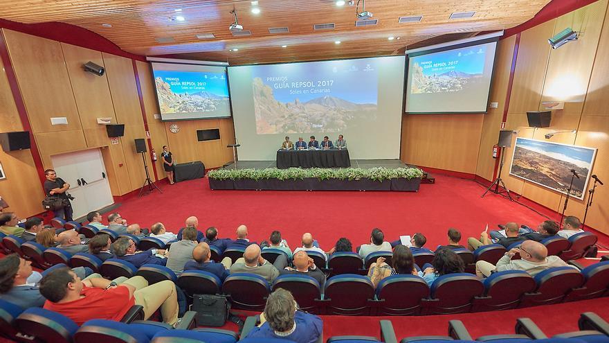 Presentación de los 'soles' canarios de la Guía Repsol en el Teide