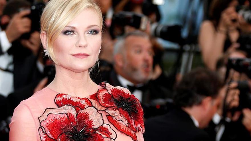"""Kirsten Dunst debutará como directora con """"The Bell Jar"""" de Sylvia Plath"""