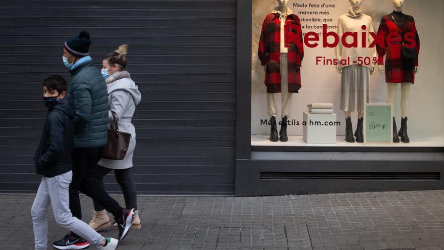 La cepa británica amenaza con boicotear el descenso de la curva si no se extrema el cumplimiento de las restricciones