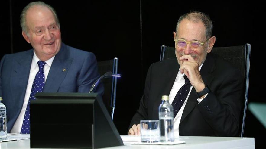 Don Juan Carlos destaca cómo su generación ayudó a situar España donde está