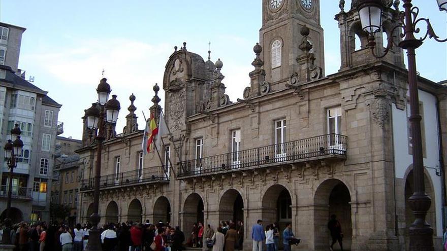 Franco perderá hoy los títulos honoríficos que mantenía en Lugo