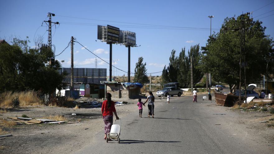 Cerca de 300 niños viven en el poblado chabolista de El Gallinero en una situación de exclusión extrema./ Juan Medina (Save the Children).