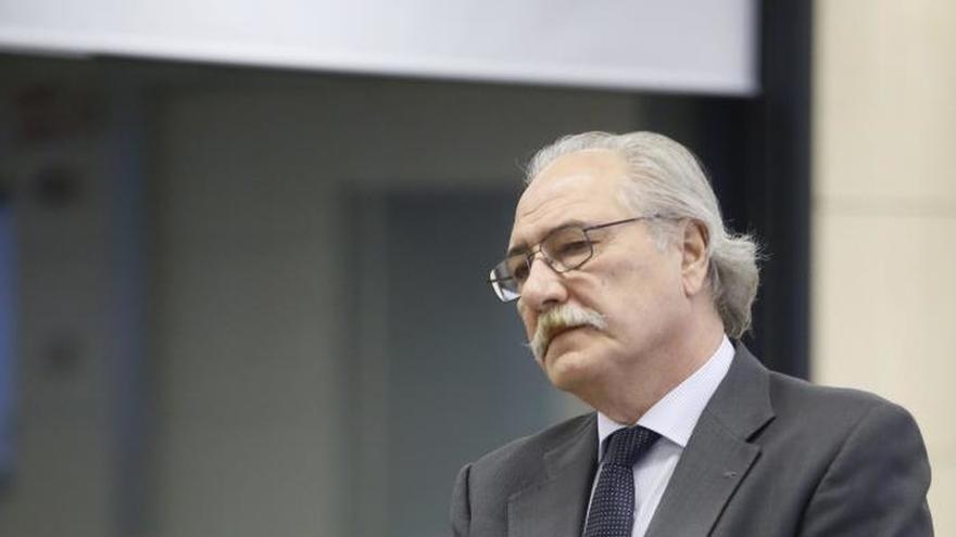 Exdirectivos de CCM dicen que a Moltó sólo le preocupaba el bien de la caja