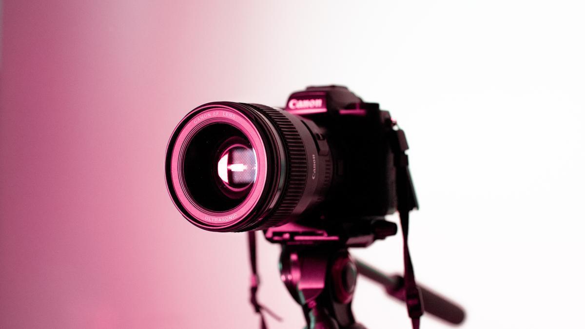 Cinco cámaras de hasta 1000 euros para fotógrafos amateurs.