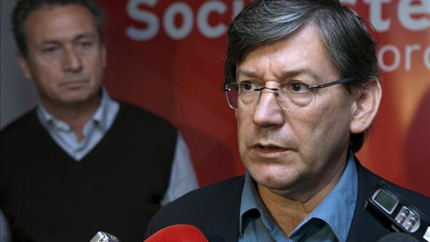 El PSOE pide la comparecencia de Mato por la muerte de senegalés en Mallorca