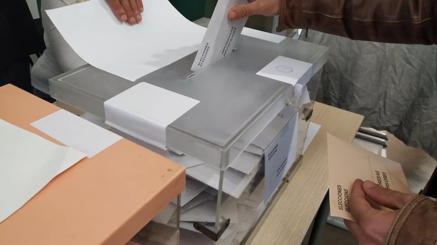 Las juntas electorales recuentan esta semana los votos, con escaños en el aire en provincias como Baleares