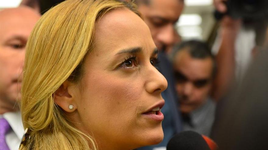 """Tintori denuncia que la democracia en Venezuela """"está eliminada"""" por Maduro"""