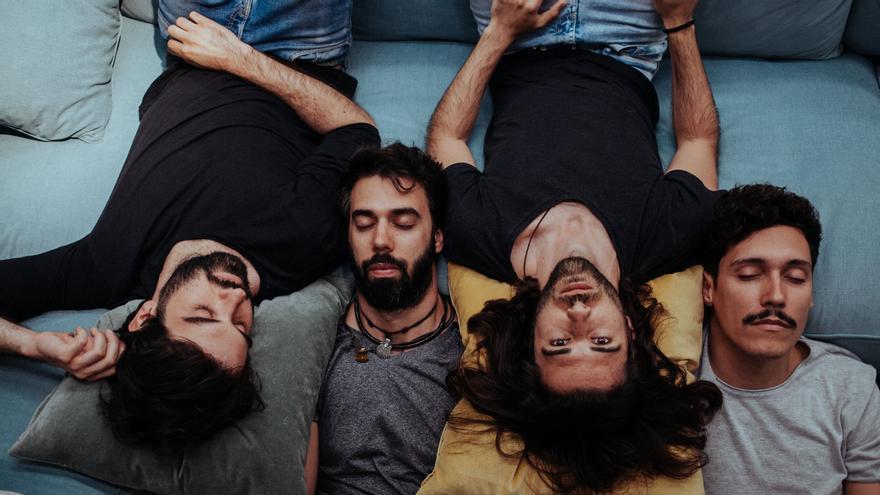 """Ramón Gómez, bajista del grupo musical Claim: """"tenemos muchas ganas de que llegue el viernes y escuchen nuestro nuevo disco"""""""