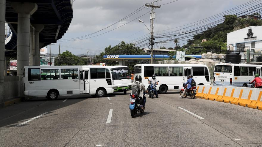 Paro parcial de transportistas de Honduras en reclamo de medidas económicas