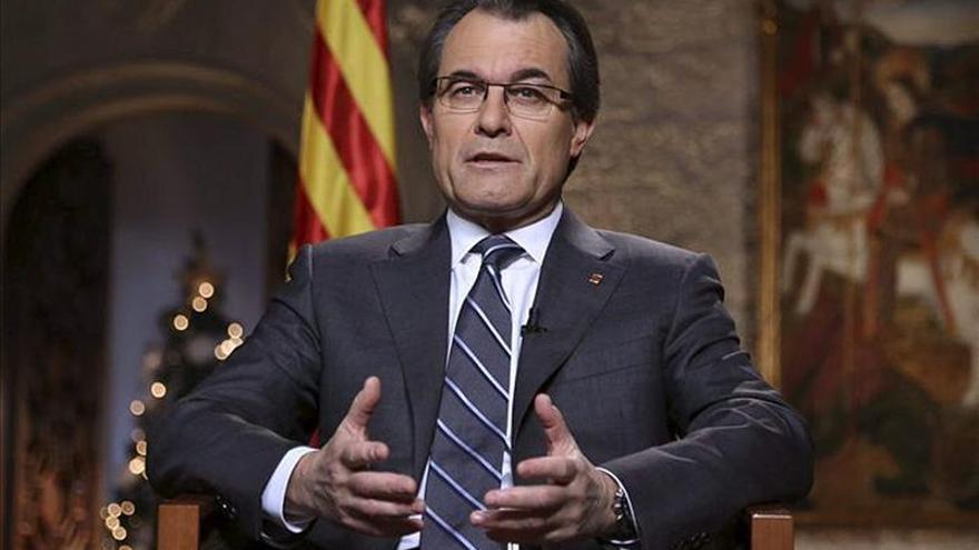 La oposición catalana descalifica el discurso de Mas, al que sólo avala ERC