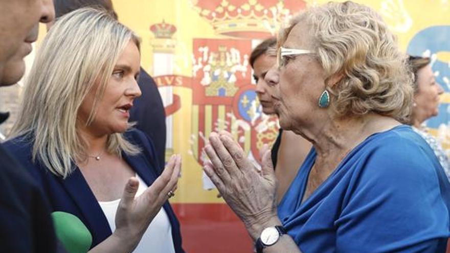 Marimar Blanco y Manuela Carmena
