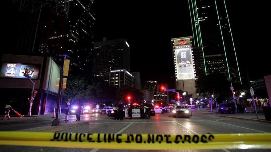 El sospechoso de la matanza de 5 agentes en Dallas ha muerto, según medios