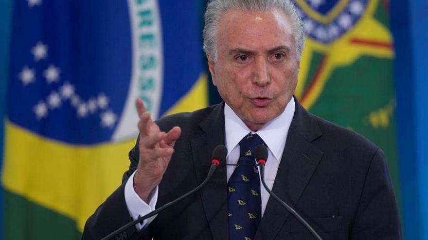 Temer intenta impedir desbandada en su base tras la huelga general en Brasil