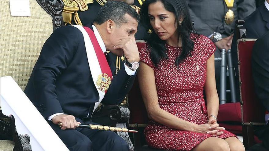 La primera dama de Perú critica la propuesta de investigarla por lavado de activos