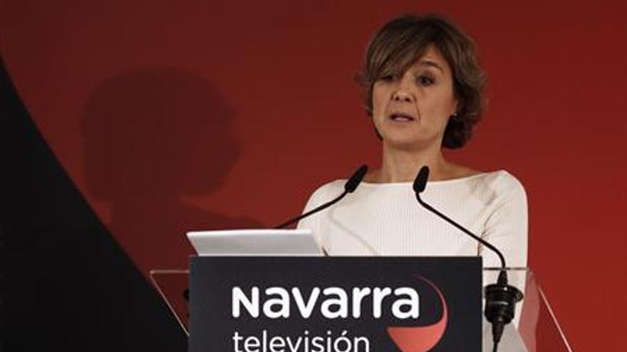 La ministra de Agricultura y Pesa, Alimentación y Medio Ambiente, Isabel García Tejerina, durante su intervención hoy en Pamplona con una conferencia en el foro de Navarra Televisión. EFE