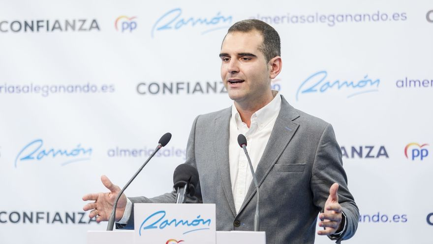 Fernández-Pacheco (PP) se queda a un concejal de la mayoría absoluta y Vox entra como tercera fuerza