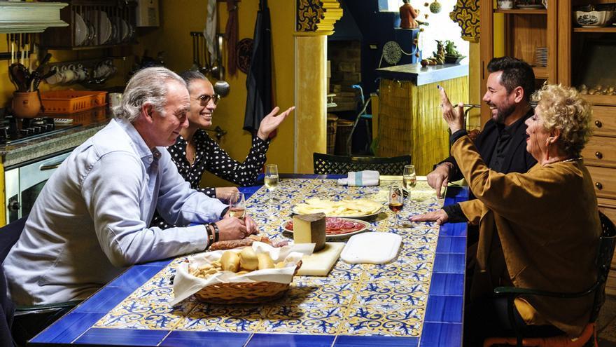 Bertín, junto a Pitingo, Miguel Poveda y María Jiménez en 'Mi casa es la tuya'