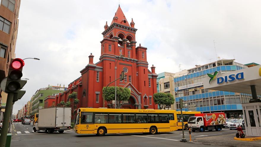 Guaguas municipales a la altura de Juan Manuel Durán