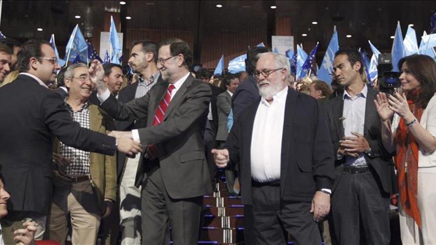 """Rajoy subraya que """"lo peor ha pasado y lo peor que puede pasar es volver a las políticas del PSOE"""""""