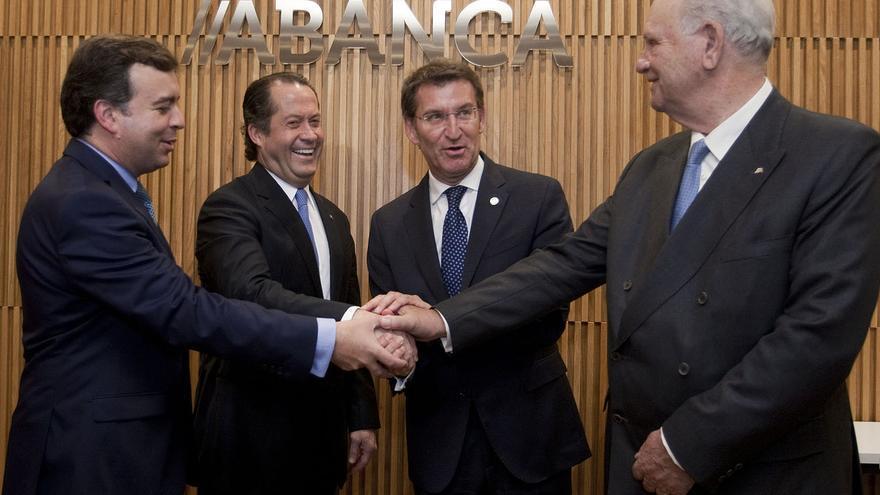 Feijóo, con los dirigentes de Abanca