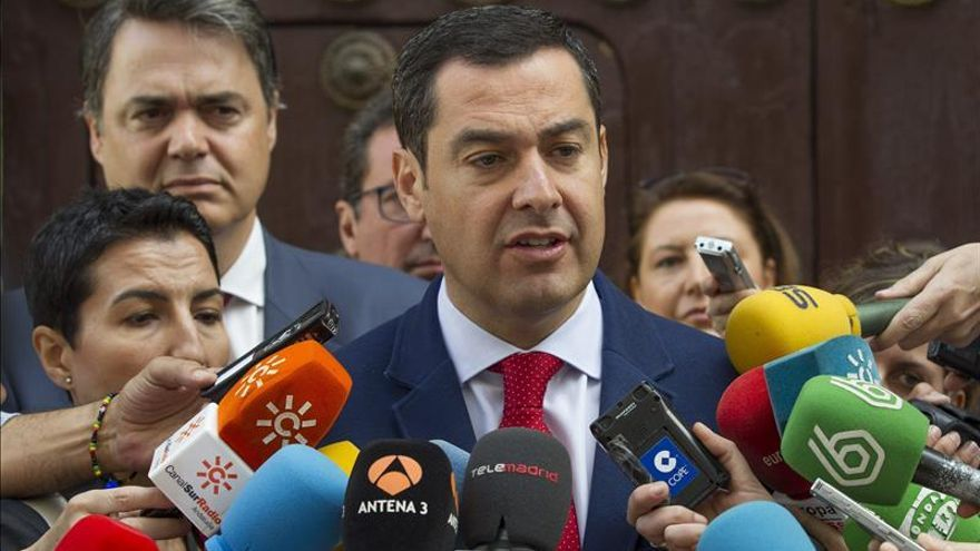 Moreno pide a Díaz acuerdos con el resto de partidos para no paralizar Andalucía