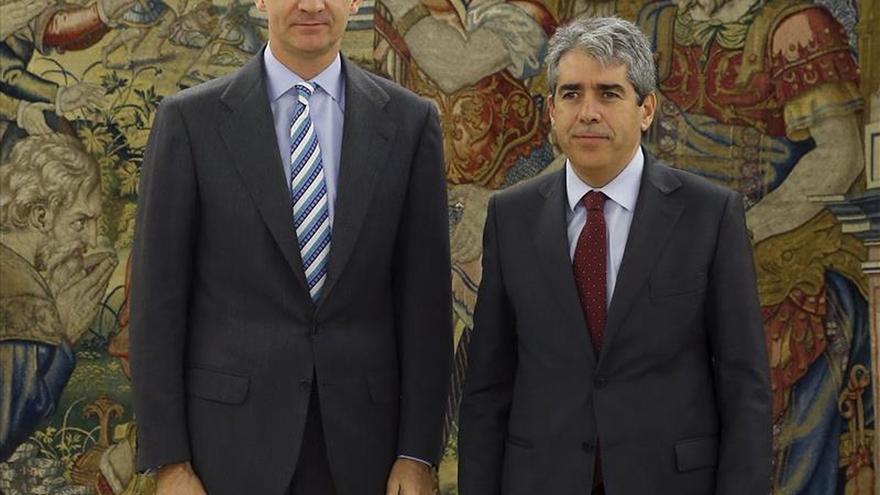 Homs reitera al Rey que no facilitará la investidura de Rajoy ni de Sánchez
