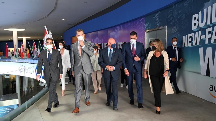 El rey come en Barcelona con empresarios tecnológicos y directivos del Mobile