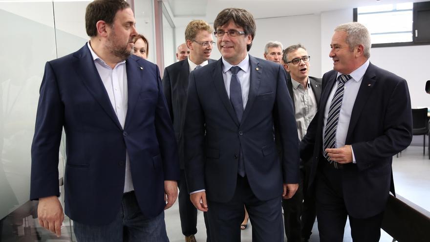 """Puigdemont defiende la importancia de """"descentralizar el poder"""""""