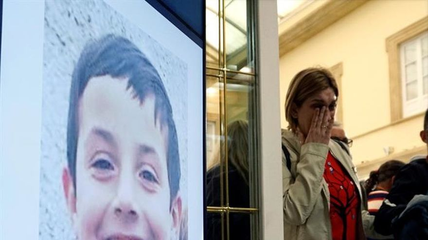 """Casi 8.000 personas apoyan que el acuario de Sevilla se llame """"Gabriel Cruz"""""""