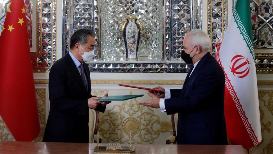 China e Irán sellan su alianza con un pacto de cooperación de 25 años