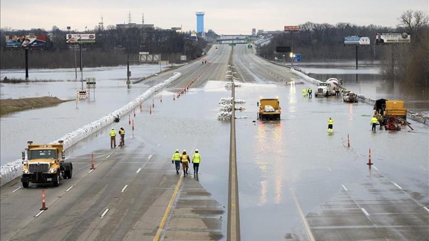 Inundaciones en cuenca del Misisipi dejan 24 muertos y 4 estados anegados