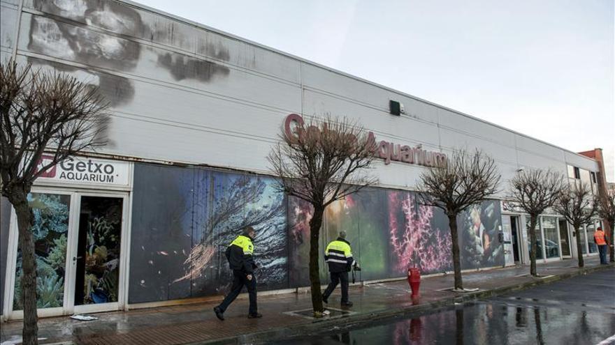 Un incendio ocasiona daños importantes en el aquarium de Getxo