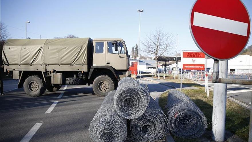Austria comienza a construir una valla de 3,7 kilómetros en su frontera sur