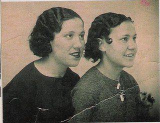 Trinidad y Julia Conesa