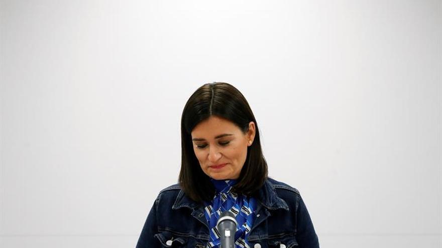 Carmen Montón anuncia su dimisión.