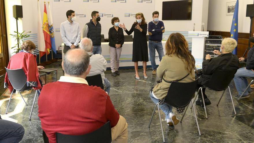 Reunión con vecinos en el Plan de Participación Ciudadana.