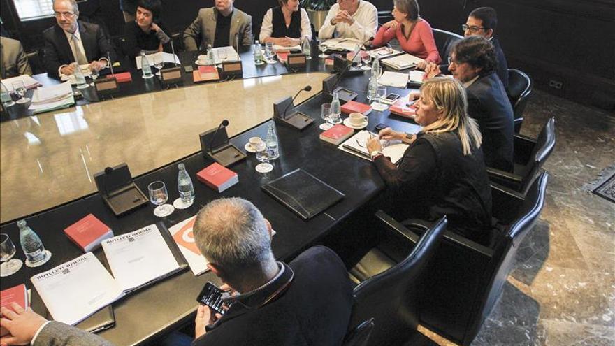 La Mesa sigue el trámite de la resolución separatista tras la reunión sin acuerdo de la Junta de Portavoces