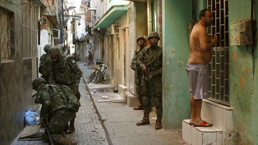 La pacificación de las favelas de Río traslada la violencia hacia la periferia