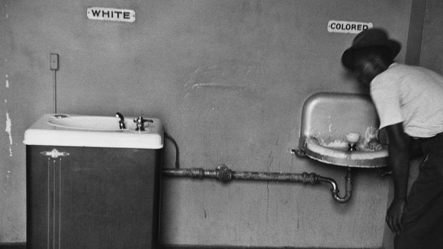 Elliott Erwitt, North Carolina, USA, 1950.