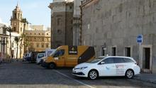 El alcalde de Cádiz limitará la actividad de los VTC ante la llegada de Uber