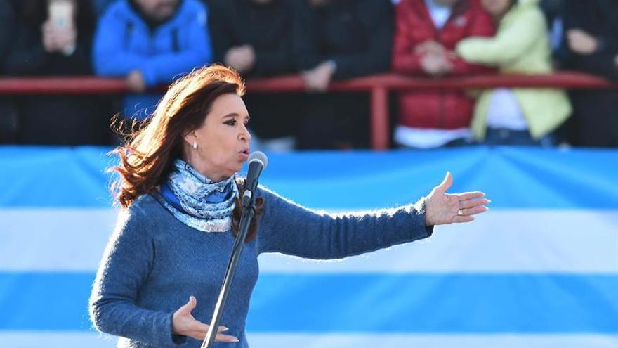 Detienen a contable argentino en causa por lavado que afecta a los Kirchner