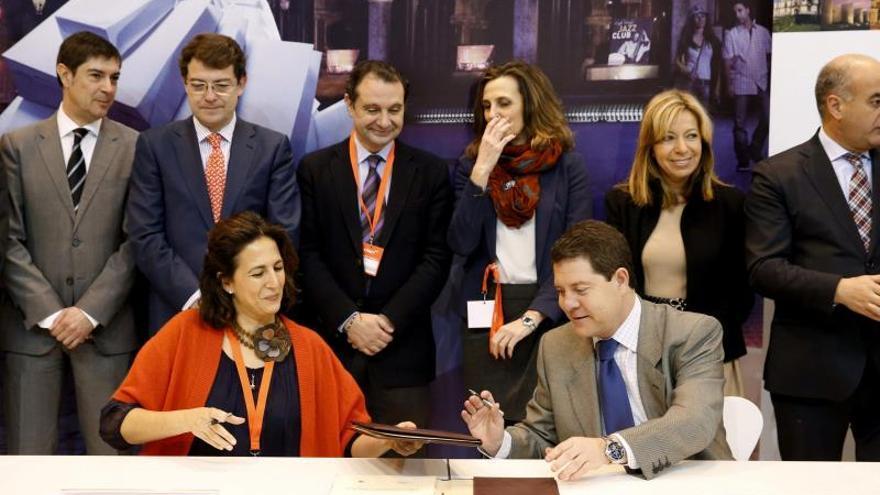 El PSOE pide la comparecencia de Borrego por una adjudicación de Paradores
