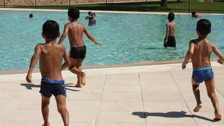 Niños juegan durante un campamento urbano (Beatriz del Rincón/Ayuda en Acción)