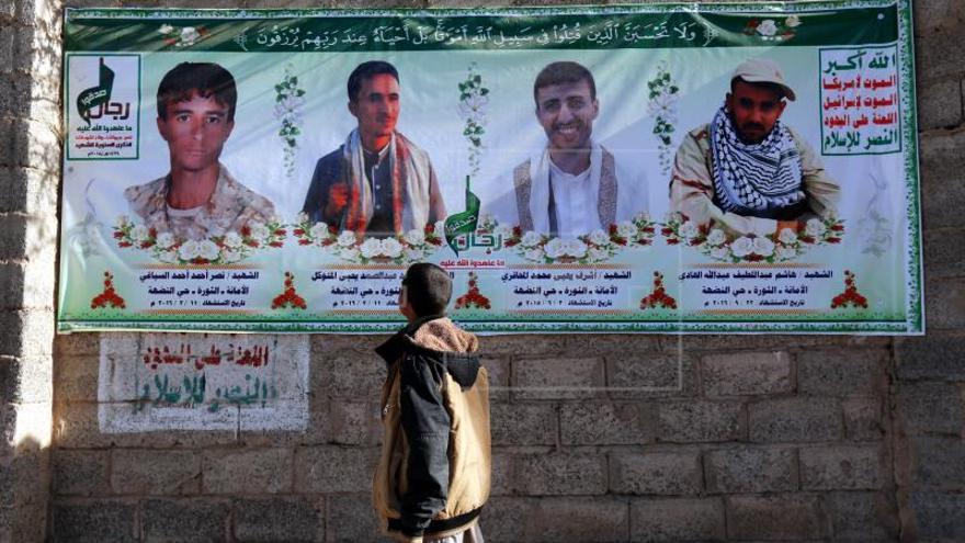 Al menos 14 muertos, la mitad niños, en un bombardeo de la coalición árabe en Yemen